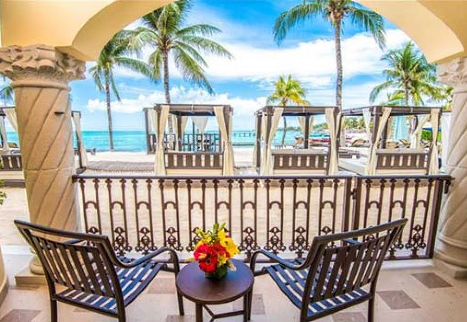 Gran Master One Bedroom Oceanfront Suite Upgrade